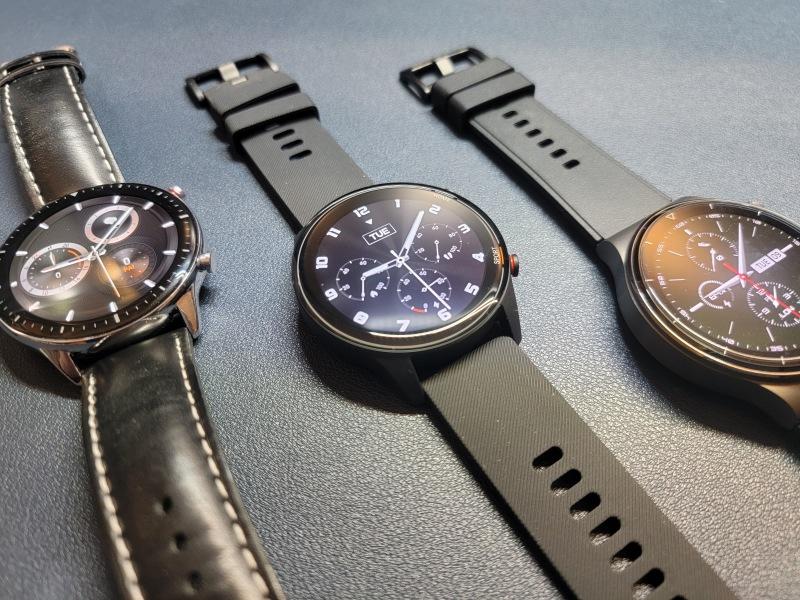 Xiaomi MI Watchと他メーカー比べて