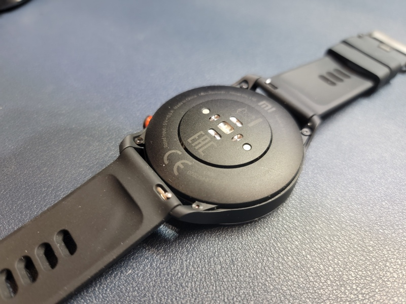 Xiaomi MI Watch 背面