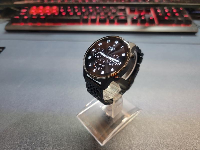 Xiaomi MI Watch メタルバンドもかっこいい