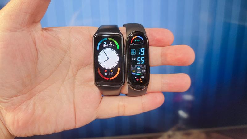 HuaweiBand6とMiBand6